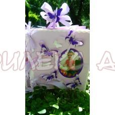 Книга за пожелания-албум в лилаво с разкошни 3Д пеперуди
