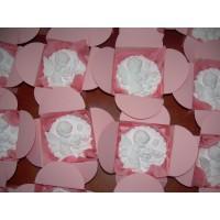 Подарък за гости-розово ангелче в кутийка