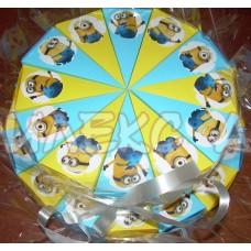 Веселите Миньони-хартиена торта