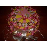 Бонбонена хартиена торта със Зън Зън и Маша и Мечока
